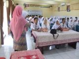 Sosialisasi Rencana Aksi Pelaksanaan Literasi Oleh Ibu Ismularti,S.Pd.